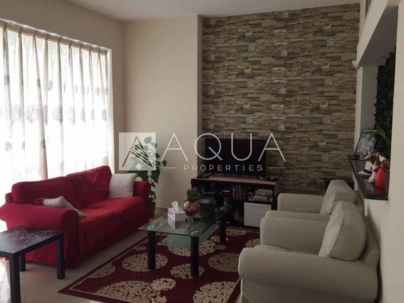 Vacant 1 Bed with Canal View | Mid Floor
