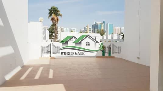 فیلا 4 غرفة نوم للايجار في الكرامة، أبوظبي - LAVISH 4BHK VILLA W/ MAID'S ROOM AND AMENITIES