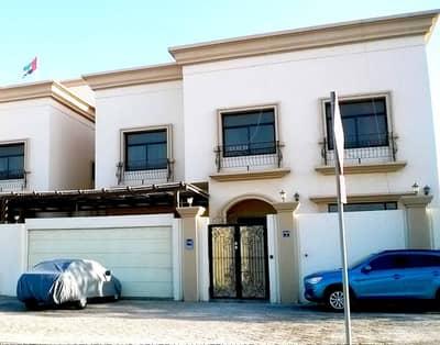 استوديو  للايجار في الروضة، أبوظبي - شقة في الروضة 38000 درهم - 4076999