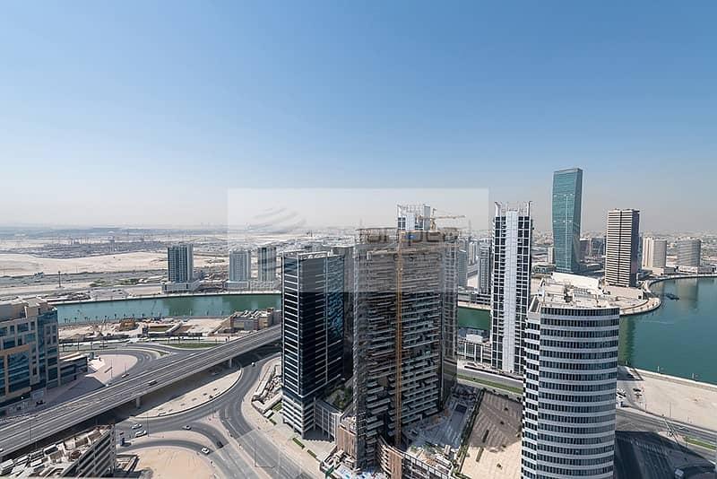 15 Amazing 2 Bedroom with Burj Khalifa View