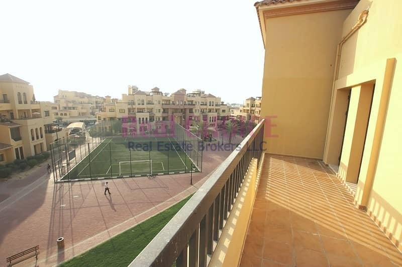 10 Huge Balcony|1 Month Free|No Commission|12 Chqs