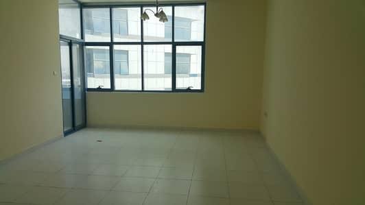فلیٹ 2 غرفة نوم للايجار في الراشدية، عجمان - شقه غرفتين ماستر وصاله حجم كبير للايجار - 3 حمامات.