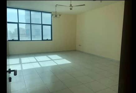فلیٹ 3 غرفة نوم للايجار في الراشدية، عجمان - شقة في برج صقر الراشدية الراشدية 3 غرف 38000 درهم - 4078035
