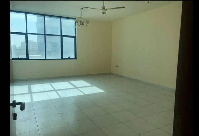 شقة في برج صقر الراشدية الراشدية 3 غرف 38000 درهم - 4078035