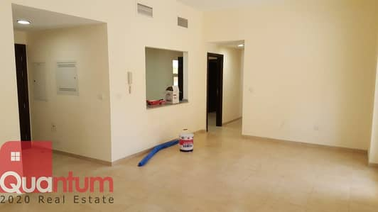 3 Bedroom Apartment for Rent in Remraam, Dubai - HOT DEAL!THREE BEDROOM WITH TERRACE+MAID FOR RENT