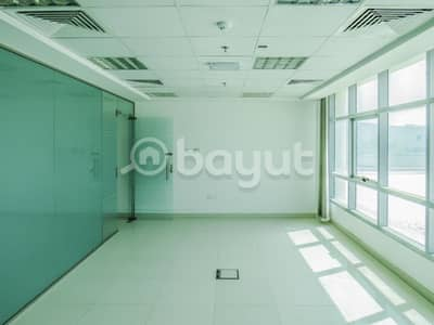 مکتب  للايجار في المنطقة الصناعية ، الشارقة - ready office with partition