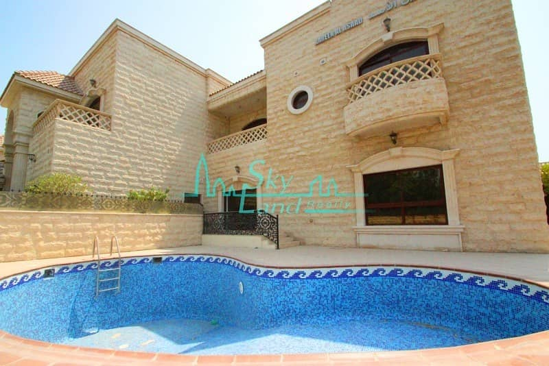 BEAUTIFUL 5BED+MAID'S WITH SHARED AND PRIVATE POOL IN UMM SUQEIM 1