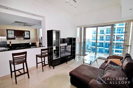 1 Bedroom Apartment for Sale in Dubai Marina, Dubai - Pool and Partial Marina Views | 1 Bedroom