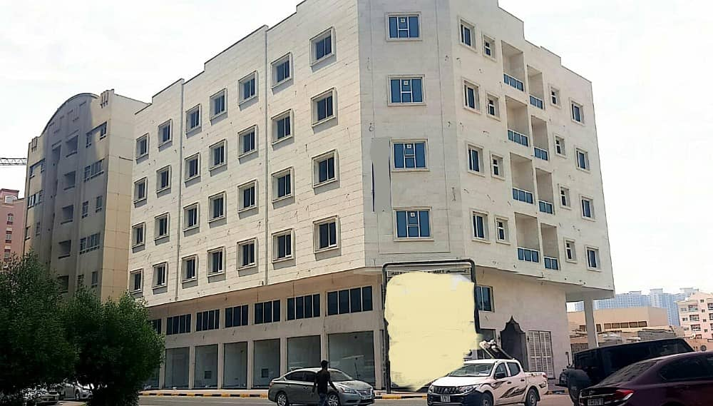 Brand New Super Luxurious Building for Sale G 4 Located to the Corner of the Internal Road