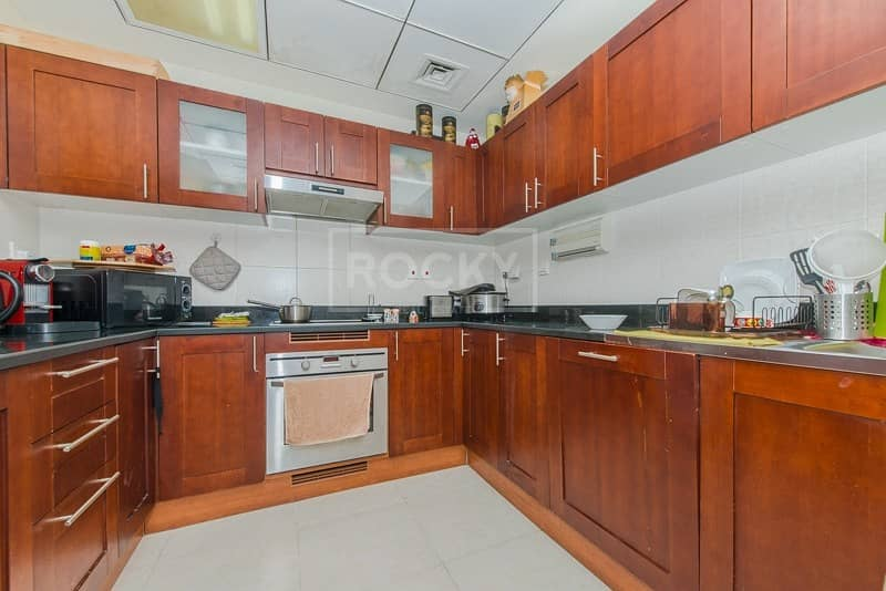 10 Deal of the Week | Plus Maid's room | Marina View | Chiller Free | JLT