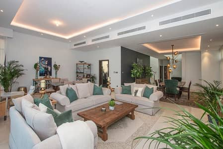 5 Bedroom Villa for Rent in DAMAC Hills (Akoya by DAMAC), Dubai - 5 bedroom   Golf Course View   Lake view