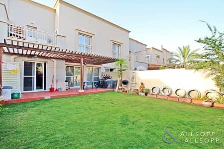 فیلا 3 غرف نوم للبيع في الينابيع، دبي - Back to Back | Great Condition | 3 Bedroom
