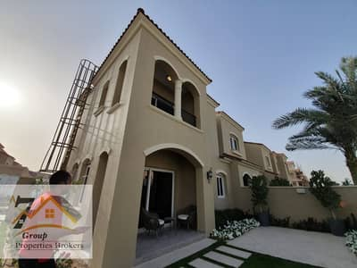 Corner Singal Row ! 3 to 4 Bed room townhouses 6 years payment plan.