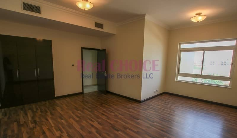 2 1 Month Free No Commission Ground Floor Huge 3BR
