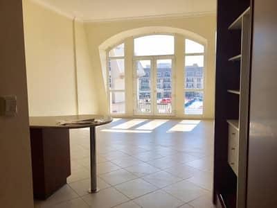 Studio for Rent in Mirdif, Dubai - Decent sizde  studio for rent in courtyard-2 uptown mirdif = 40k