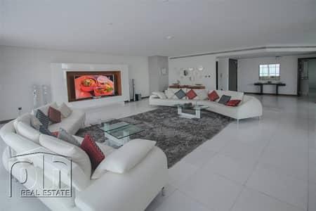 Luxury Upgraded 4 Bedroom Duplex Penthouse