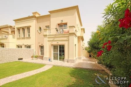 فیلا 3 غرف نوم للبيع في الينابيع، دبي - Upgraded | Landscaped Gardens | 3 Bedrooms