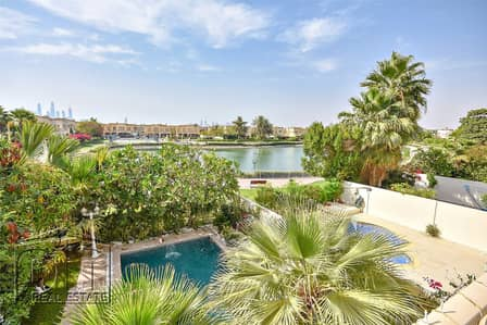 3 Bedroom Villa for Sale in The Springs, Dubai - Private Pool |  Fantastic Lake View | Must See