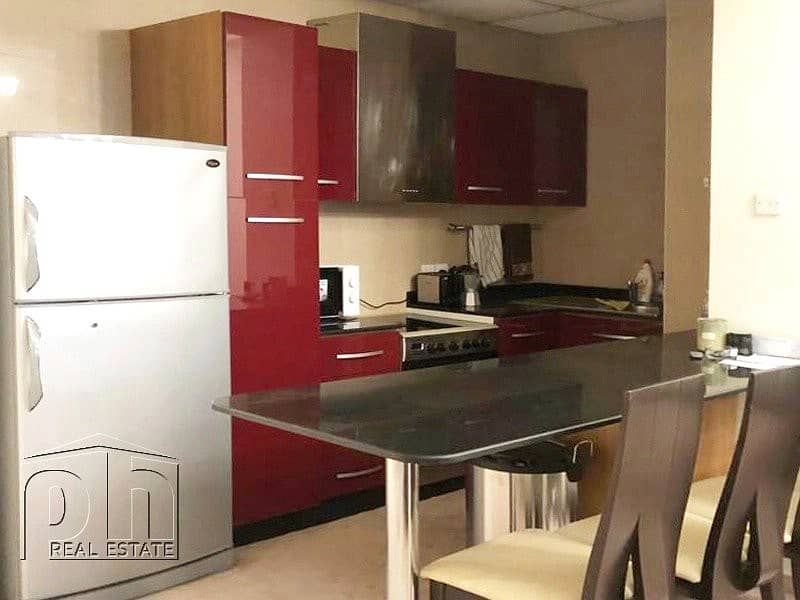 2 Large furnished 1 bedroom / good location / vacant