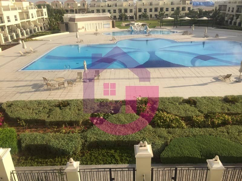 2 Fabulous Bayti Villa Near The Park/ Pool