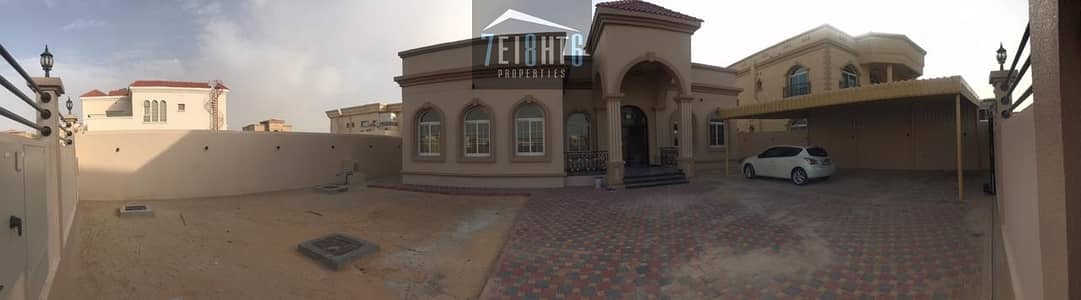 فیلا 3 غرفة نوم للايجار في القوز، دبي - Beautifully presented: 3 b/r well maintained furnished villa + large garden for rent in Al Quoz 2