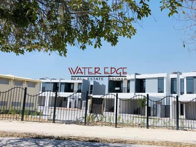3 Bedroom Villa for Sale in Motor City, Dubai - Rent to Own I 20Years I Pay 38000