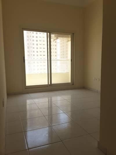 فلیٹ 1 غرفة نوم للايجار في مدينة الإمارات، عجمان - شقة في أبراج أحلام جولدكريست مدينة الإمارات 1 غرف 17000 درهم - 4089609