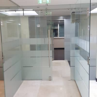 Office for Rent in Mohammed Bin Zayed City, Abu Dhabi - office baznes centr mbz mazayd mol price 15 thousand dirham all services free
