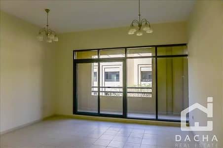 3 Bedroom Apartment for Rent in The Greens, Dubai - Bright unit in The Greens