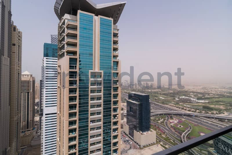 1 Vacant on July 5 | High Floor