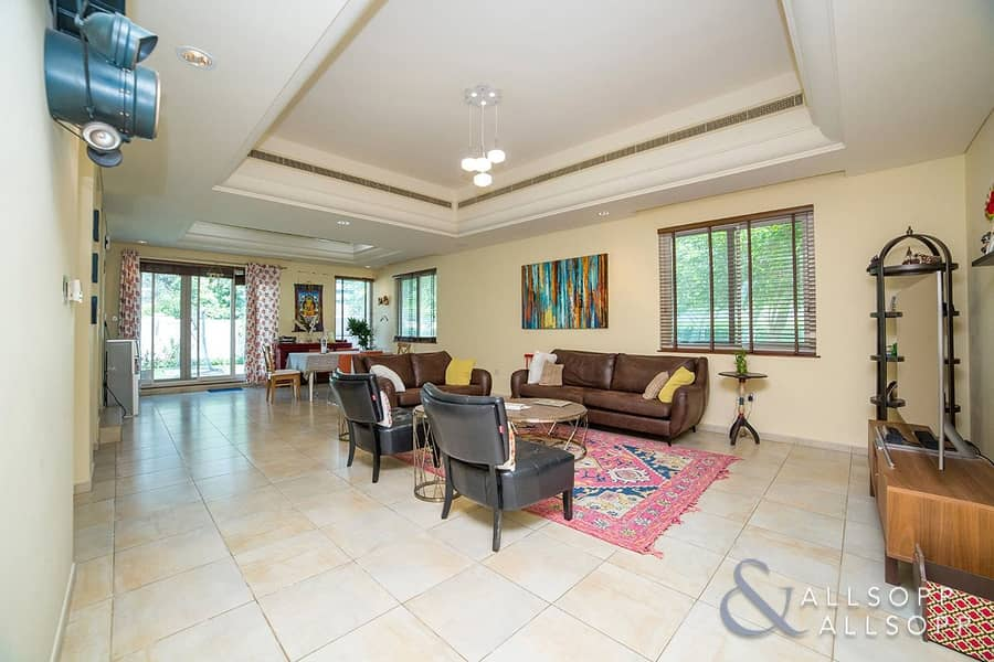 2 End Townhouse | 4 Bed Plus Maids | TH2