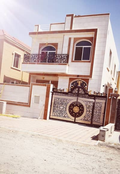 6 Bedroom Villa for Sale in Al Rawda, Ajman - Villa for sale from the owner directly to the kindergarten opposite the mosque personal finishing