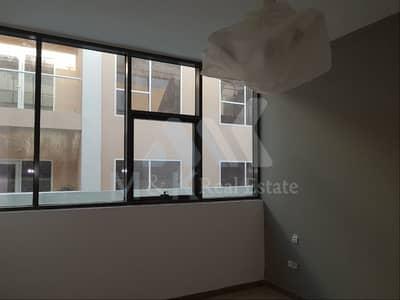 شقة 2 غرفة نوم للايجار في رأس الخور، دبي - شقة في رأس الخور 2 غرف 63000 درهم - 4094060