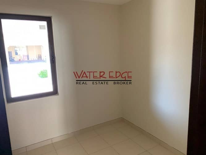 2 Amazing offer ! End unit in Mira Near to Pool and park