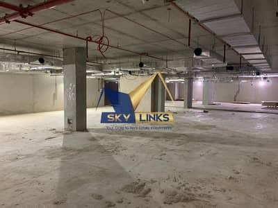 طابق تجاري  للايجار في شارع الشيخ زايد، دبي - Hot Deal I Full Floor For Rent I 80 AED Per Sqft negotiable