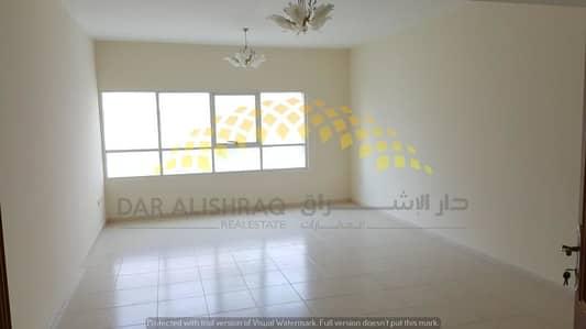 شقة 3 غرفة نوم للايجار في التعاون ، الشارقة - شقة في التعاون 3 غرف 48000 درهم - 4094676