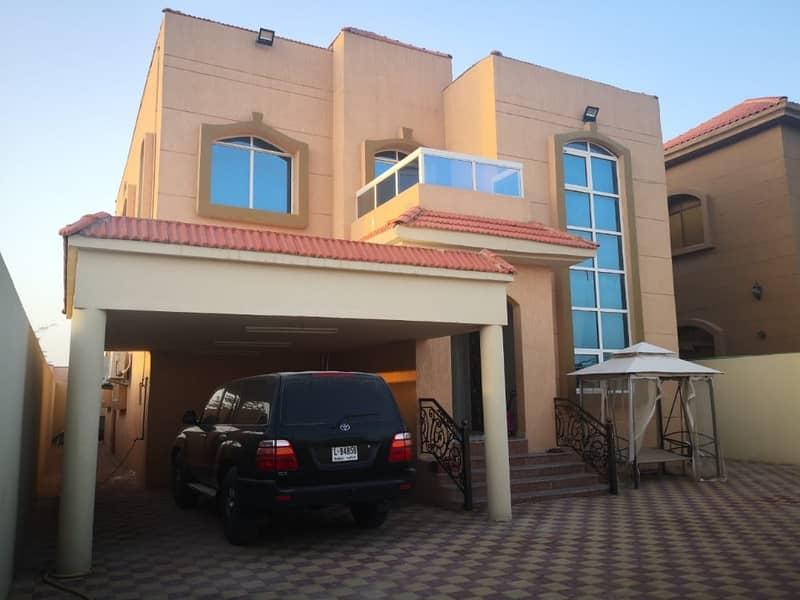 فيلا للايجار في عجمان بالقرب من طريق الشيخ عمار موقع جيد جدا