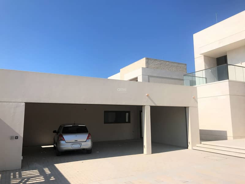 10 Luxury living at its best in Hidd Al Saadiyat