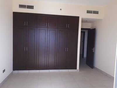 فلیٹ 2 غرفة نوم للبيع في القصباء، الشارقة - شقة في القصباء 2 غرف 950000 درهم - 4095317