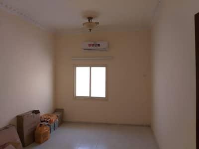 3 Bedroom Villa for Rent in Al Ghafia, Sharjah - Fully Renovated - 3 BHK S/S VIlla with majlis, hall, 3 bath, split A/C, br. new kithcen covd parking