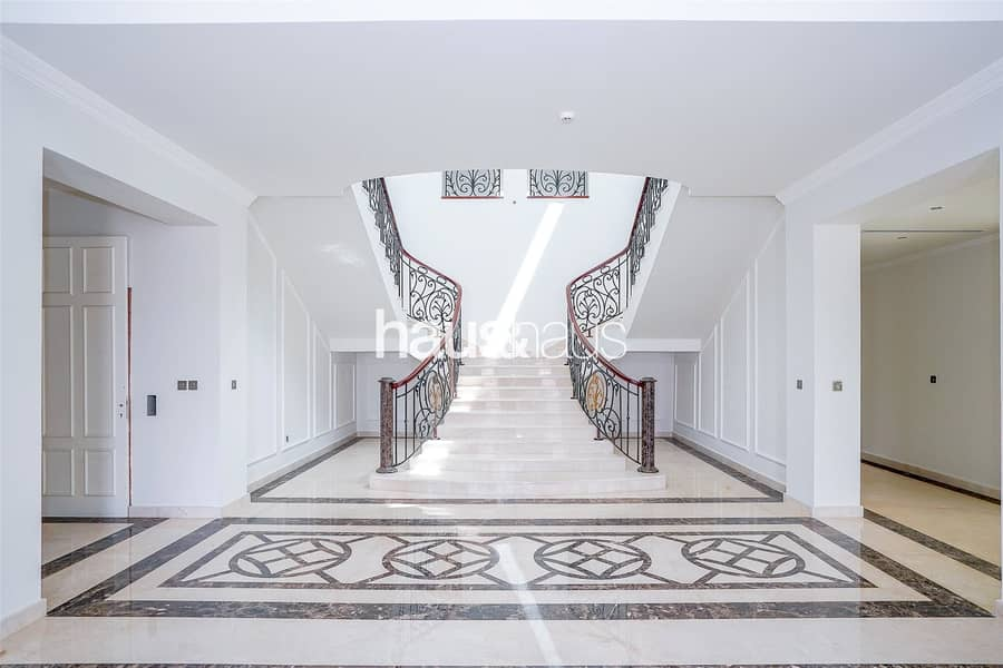 2 Vacant - Well Designed Family Home