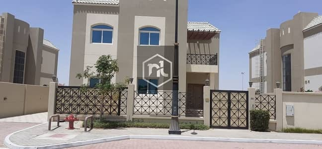 5 Bedroom Villa for Sale in Dubailand, Dubai - Ramadan Offer 5BR+maid+guest Room  Golf Course Lake View  Independent Villa in Throwaway Price
