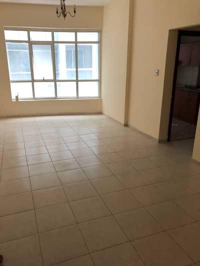 شقة 2 غرفة نوم للايجار في الجرف، عجمان - شقة للايجار مكونه من غرفتين وصاله وحمامين