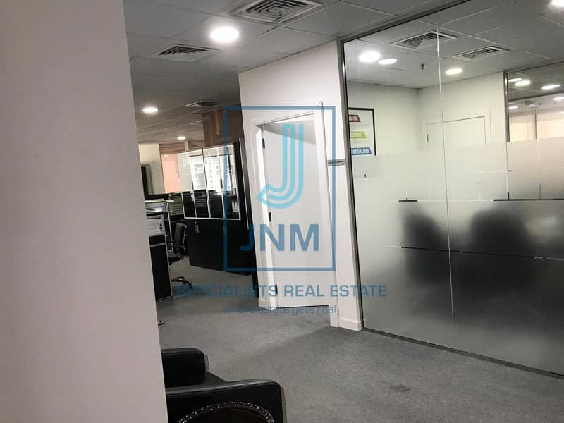 15 Fitted office/close to Dubai metro station