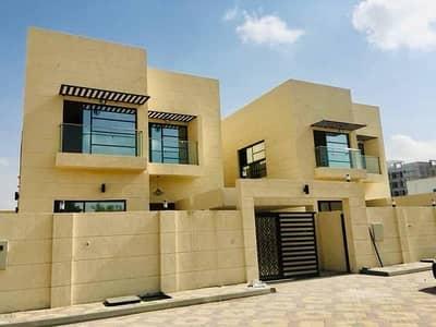 فیلا 5 غرفة نوم للبيع في المویھات، عجمان - فيلا جديدة للبيع في عجمان - تصميم رائع على شارع الشيخ محمد بن زايد