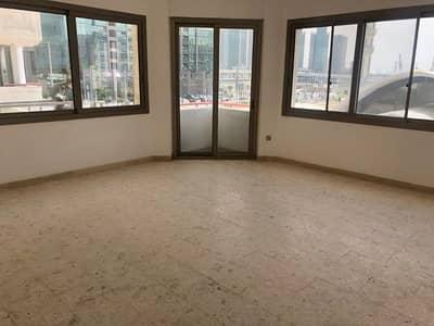 فلیٹ 2 غرفة نوم للايجار في منطقة النادي السياحي، أبوظبي - شقة في منطقة النادي السياحي 2 غرف 65000 درهم - 4097519