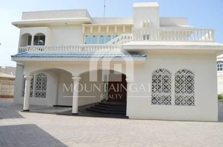 4 Bedroom Villa for Sale in Al Fisht, Sharjah - Family 4BR luxury Very Huge Size Villa..