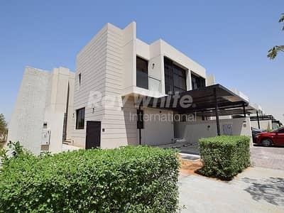 فیلا 4 غرفة نوم للبيع في داماك هيلز (أكويا من داماك)، دبي - Fully Furnished and Rare TH-H Type Villa