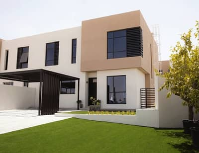 2 Bedroom Villa for Sale in Al Suyoh, Sharjah - Pay 90 thousand and own your villa the highest project in Sharjah free services for life for free
