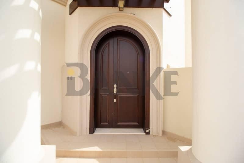 2 Corner Villa| 3 Yrs Rental Guaranteed of 8%